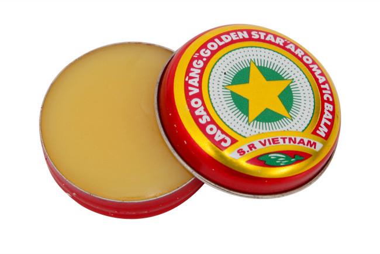 Với mức giá này, sản phẩm được miễn phí giao hàng, được giới thiệu bằng nhiều thứ tiếng: Việt, Anh, Nga và bán khá chạy.