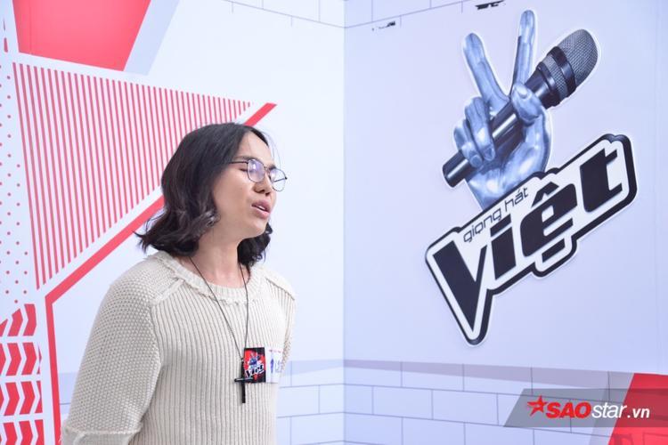 Hoa hậu chuyển giới không ngại bị so sánh với Hương Giang Idol tại buổi thử giọng The Voice 2018