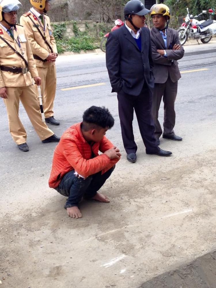 Nam thanh niên bị bắt.