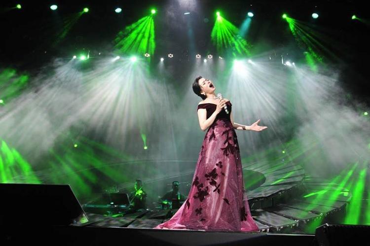 Mặc những khen chê, Lệ Quyên tiếp tục thực hiện đêm nhạc Trịnh thứ 2