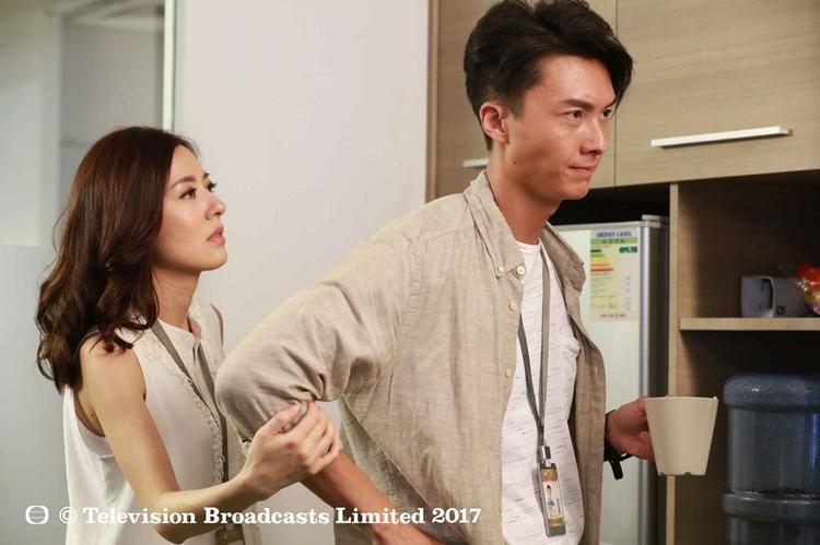 Đường Thi Vịnh và Vương Hạo Tín đăng quang Thị Hậu, Thị Đế TVB năm nay. Họ còn là cặp tình nhân ăn ý trong phim 4K ăn khách Binh Đoàn phái yếu