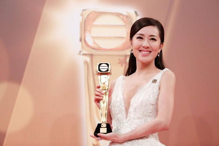 Tân khoa Thị hậu TVB Đường Thi Vịnh có lẽ là danh hiệu gây shock nhất trong lịch sử trao giải của nhà đài hơn 20 năm qua