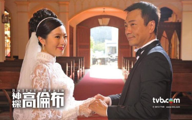 """Trong """"Thần thám Cao Luân Bố"""", Đường Thi Vịnh đóng nữ chính với Ảnh đế TVB 3 lần Lê Diệu Tường nhưng tiếc là phim thất bại thảm hại"""