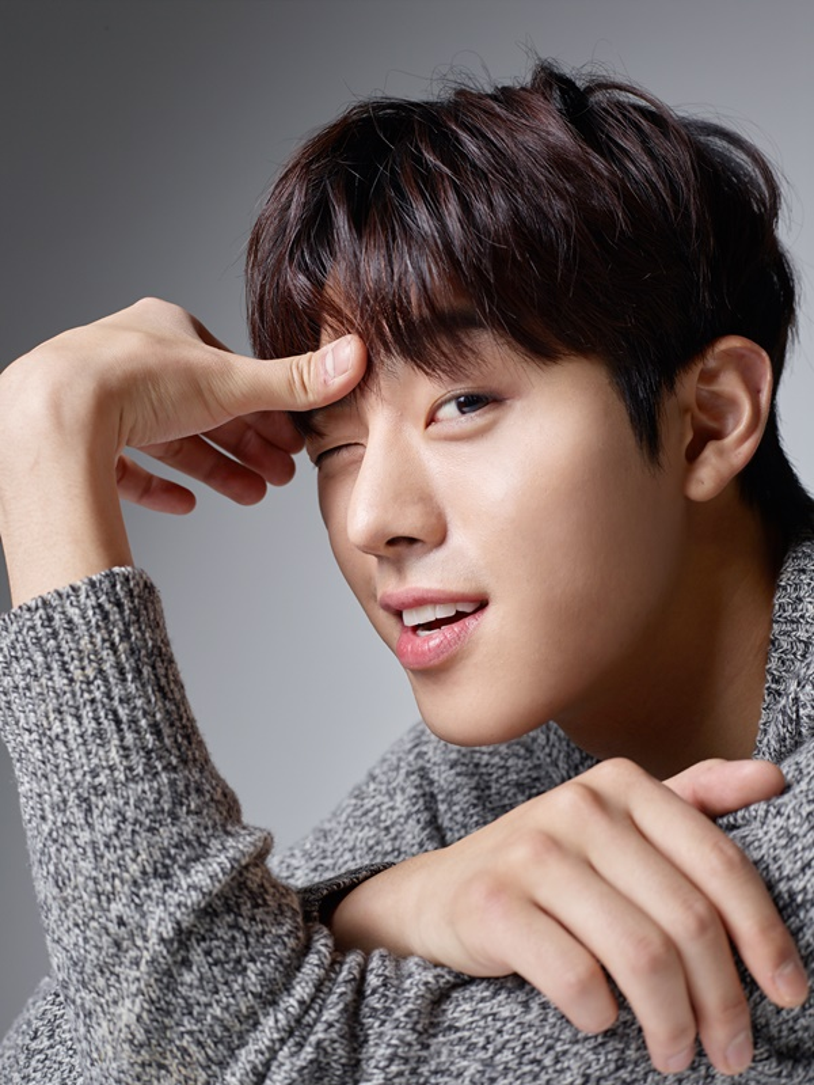 Không phải Song Jae Rim, soái ca này mới là bạn trai của Kim Yoo Jung trong phim mới