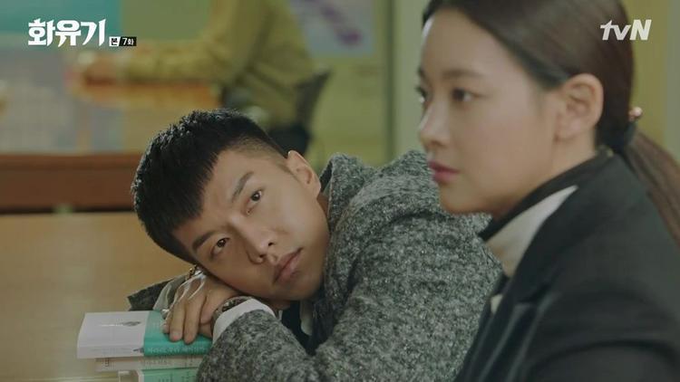 Son oh Gong cùng Sun Mi bắt nàng tiên cá ở thư viện trường Đại học