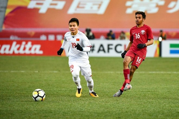 Sau trận bán kết U23 Châu Á, Quang Hải được nhiều người ví như Messi của Việt Nam với cú đúp khiến nhiều người vỡ òa. 374 nghìn người đang theo dõi Facebook của cầu thủ này.
