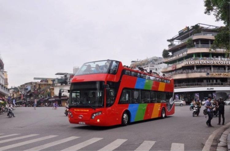Dự kiến dùng xe buýt 2 tầng đón các tuyển thủ U23 Việt Nam từ Nội Bài, diễu hành về Hà Nội. Ảnh: Minh Chiến