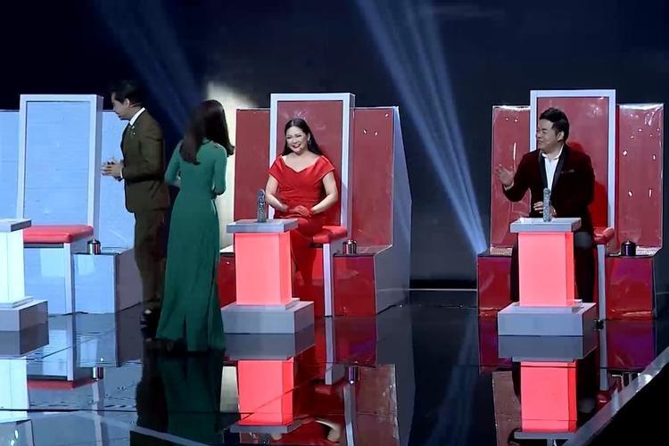 Cô nàng nhận được sự ưu ái đặc biệt từ bộ đôi HLV Quang Lê - Như Quỳnh.