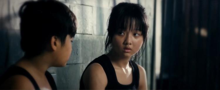 """Bên cạnh phim hành động """"Siêu trộm"""", Thanh Mỹ còn có vai diễn ấn tượng ở """"Găng tay đỏ""""."""