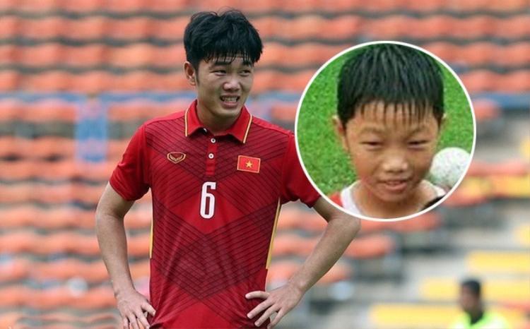 Đội trưởng U23 Việt Nam sở hữu đôi mắt híp khiến cậu trông giống như một em bé Hàn Quốc khi còn nhỏ.