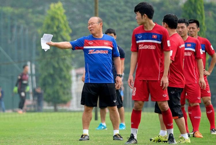 HLV Park Hang Seo liên tục giúp U23 Việt Nam tạo nên bất ngờ.