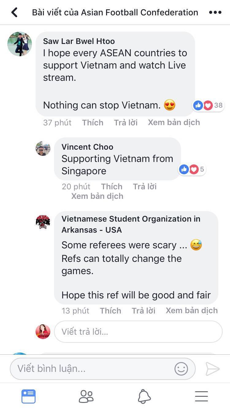 Người hâm mộ bóng đá trên thế giới không ngừng chúc đội tuyển Việt Nam vô địch.