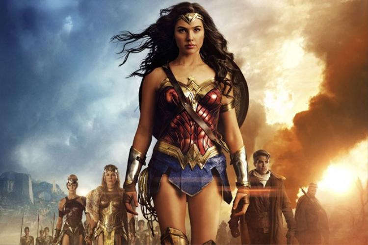 Chị Đại Gal Gadot nói gì khi bom tấn Wonder Woman trượt vỏ chuối khỏi bảng đề cử Oscar?