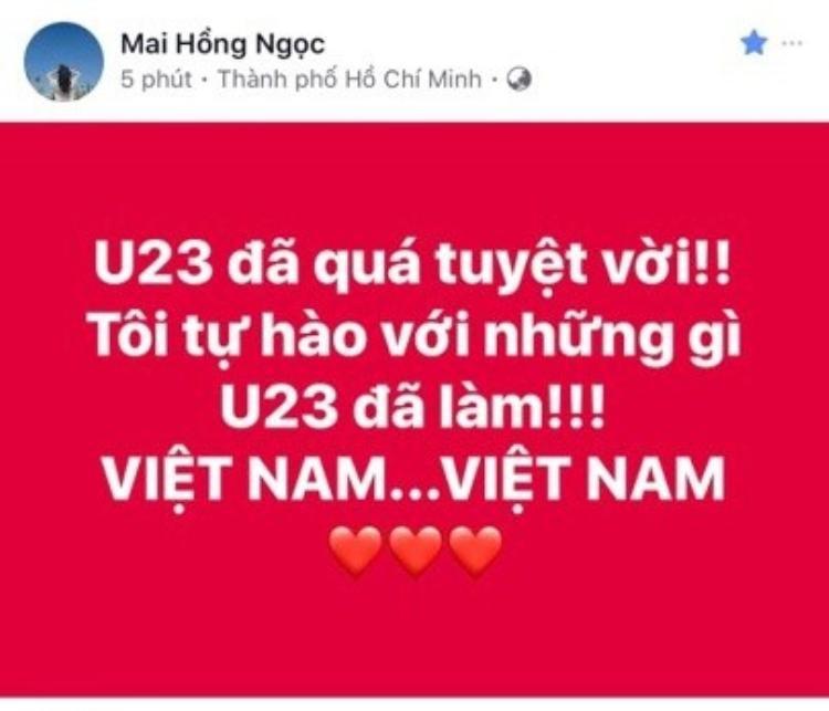 Đông Nhi bày tỏ niềm tự hào dành cho các chàng trai U23.