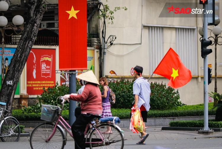 Từ trẻ nhỏ đến người già, ai ai cũng hướng về ĐT U23 Việt Nam.
