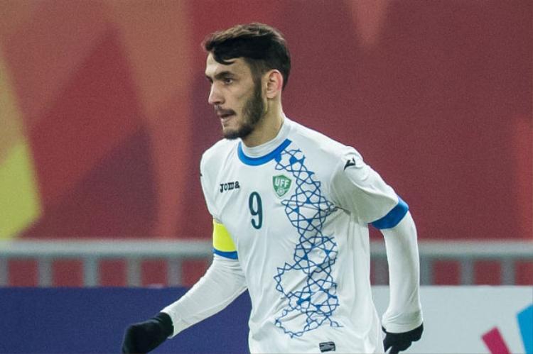 Tiền đạo: Zabikhillo Urinboev (U23 Uzbekistan). Tiền đạo đội trưởng của U23 Uzbekistan chỉ có 1 lần sút tung lưới đối phương ở giải U23 châu Á 2018. Thế nhưng, Urinboev thường xuyên thi đấu dạt biên hoặc lùi sâu để tạo khoảng trống cho các đồng đội. Có thể nói, cầu thủ 22 tuổi là nhân tố không thể thiếu trên con đường chinh phục ngôi vô địch của đội bóng Trung Á.