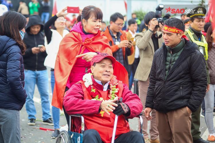 Điều U23 Việt Nam mang lại cho đất nước không chỉ là chiến thắng mà còn là sự kết nối giữa trái tim với trái tim, xoá bỏ mọi ranh giới giàu nghèo.
