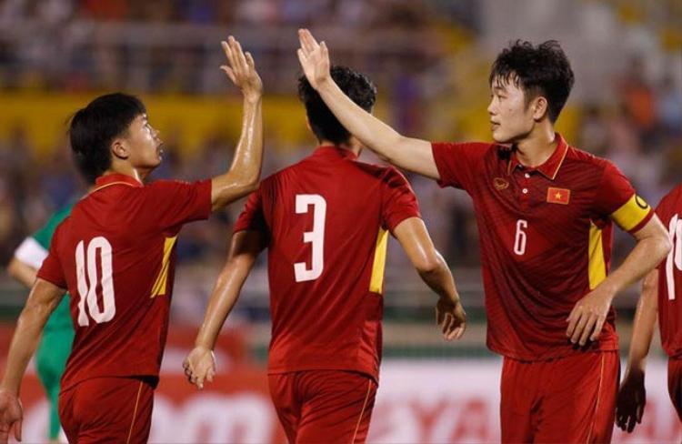 Lứa cầu thủ HAGL do bầu Đức dày công nuôi dưỡng, đầu tư hơn 10 năm qua đã mang lại thành công cho bóng đá Việt Nam.