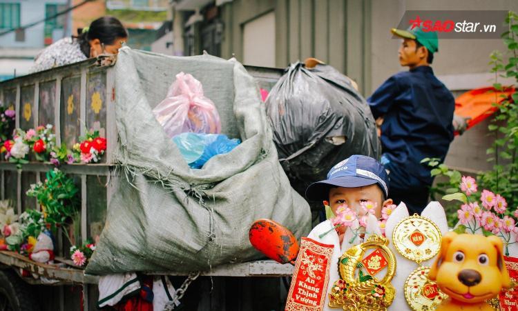 Không ai nghĩ đó chỉ là 1 chiếc xe chở rác.