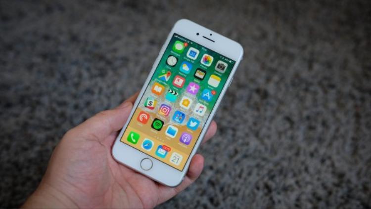 iOS 12 đáng ra sẽ có những thay đổi lớn, ví dụ như giao diện màn hình Home được thiết kế lại, tuy nhiên kế hoạch dường như đã thay đổi.