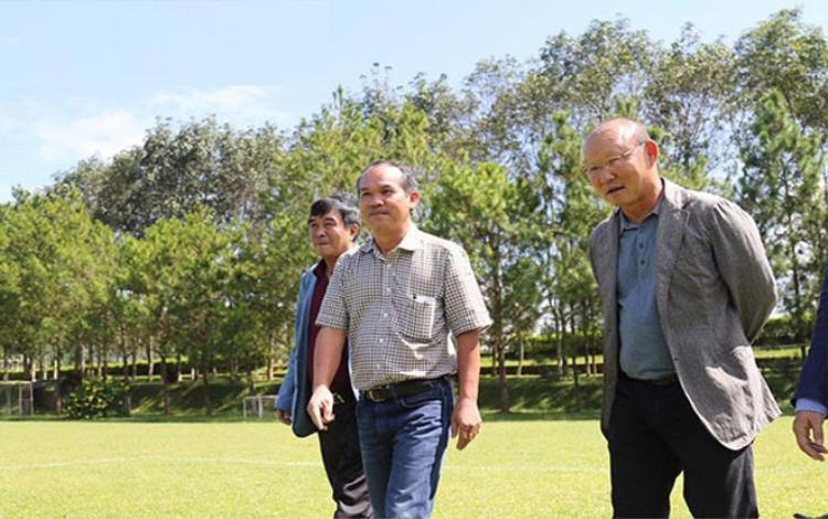 HLV Park thăm cơ sở đào tạo của HAGL.