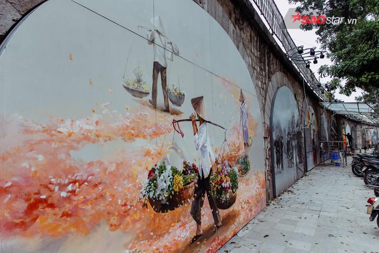 Ông Phạm Tuấn Long, Phó Chủ tịch quận Hoàn Kiếm (Hà Nội) cho biết, 18 bức tranh nghệ thuật sẽ được các nghệ sĩ Việt Nam và Hàn Quốc thực hiện trong vòng 1 đến 2 tháng, hoàn thành trước Tết Nguyên đán.