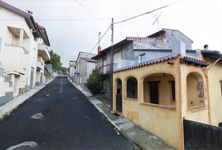 Cuối năm 2017, họ nhận được 120 đơn từ các nước Australia, Mỹ, Nga và những người dân thế hệ hai muốn tìm lại một ngôi nhà ở quê hương. Hiện nay còn rất nhiều thành phố có nguy cơ bỏ hoang ở Italy như Montieri, Patricia, Lecce de Marsi.