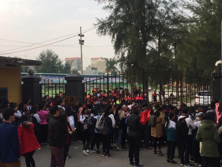 Sau khi giành được thành tích Á quân tại vòng chung kết giải U23 châu Á, đội tuyển bóng đá U23 Việt Nam cùng HLV trưởng Park Hang - Seo và ban huấn luyện trở về trong sự chào đón nồng nhiệt của của người hâm mộ.
