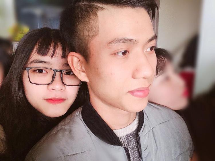 Phan Văn Đức chưa muốn có bạn gái vì cần tập trung cho sự nghiệp. Ảnh: SLNA