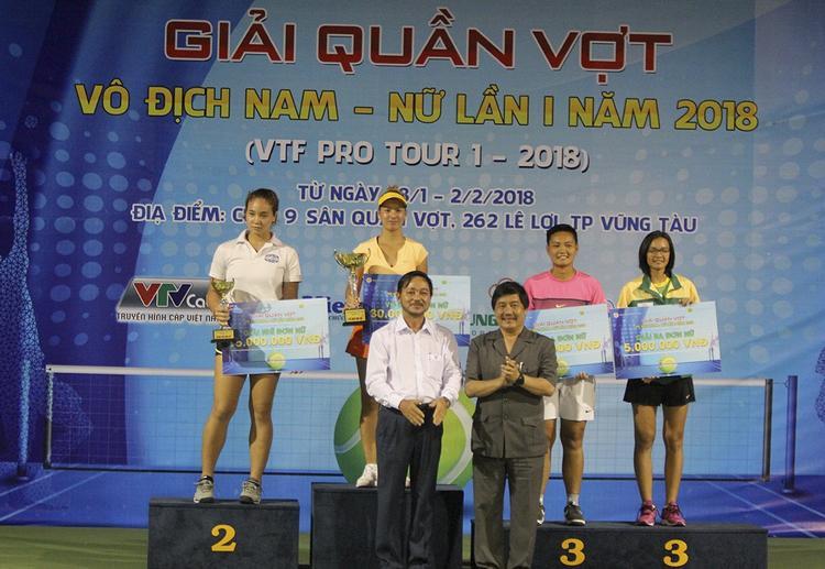 Ngay lần đầu trở về Việt Nam thi đấu, Csilla đã có cho mình cú đúp danh hiệu vô địch đơn và đôi nữ. Đặc biệt trong trận chung kết với lối đánh mềm mại, uyển chuyển, cô đã hạ gục tay vợt Việt kiều có nhiều thành tích ở trong nước là Tiffany Linh Nguyễn sau 2 set với các tỉ số 6-3 và 6-1.