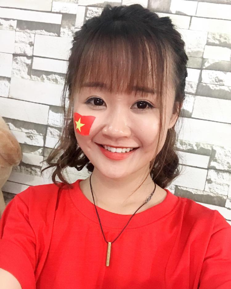 Cô sinh viên 22 tuổi mong rằng U23 Việt Nam tiếp tục thành công.