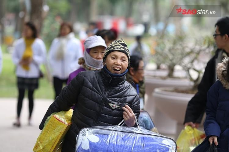 Một năm mới nữa lại Tết và người dân nghèo sẽ ấm lòng hơn.