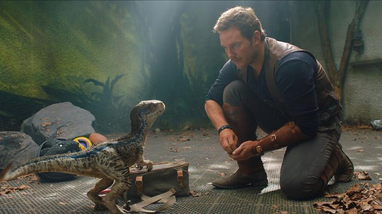 Jurassic World 2': Christ Patt suýt bị khủng long xơi tái, hé lộ trùm cuối hung bạo hơn T-Rex
