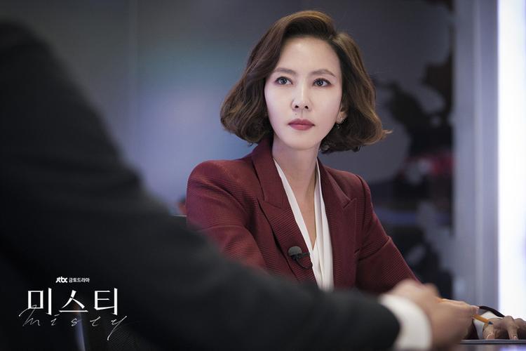 Sau 6 năm không đóng phim, Kim Nam Joo đã comeback màn ảnh nhỏ hoàn hảo với Misty.