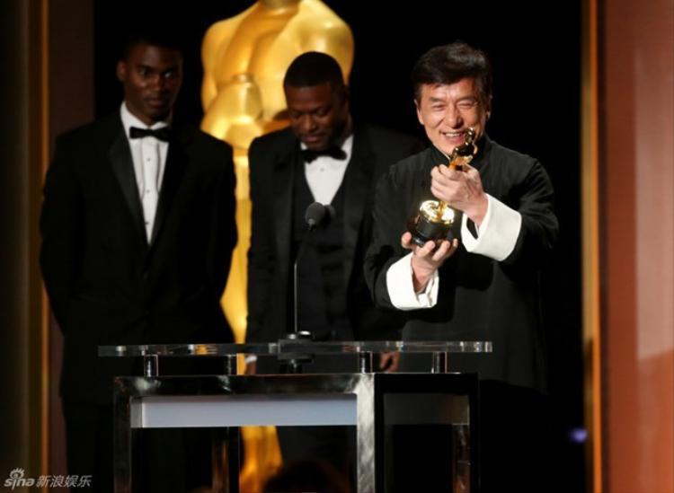 Thành Long là nghệ sĩ Trung Quốc duy nhất nhận tượng vàng Oscar danh giá