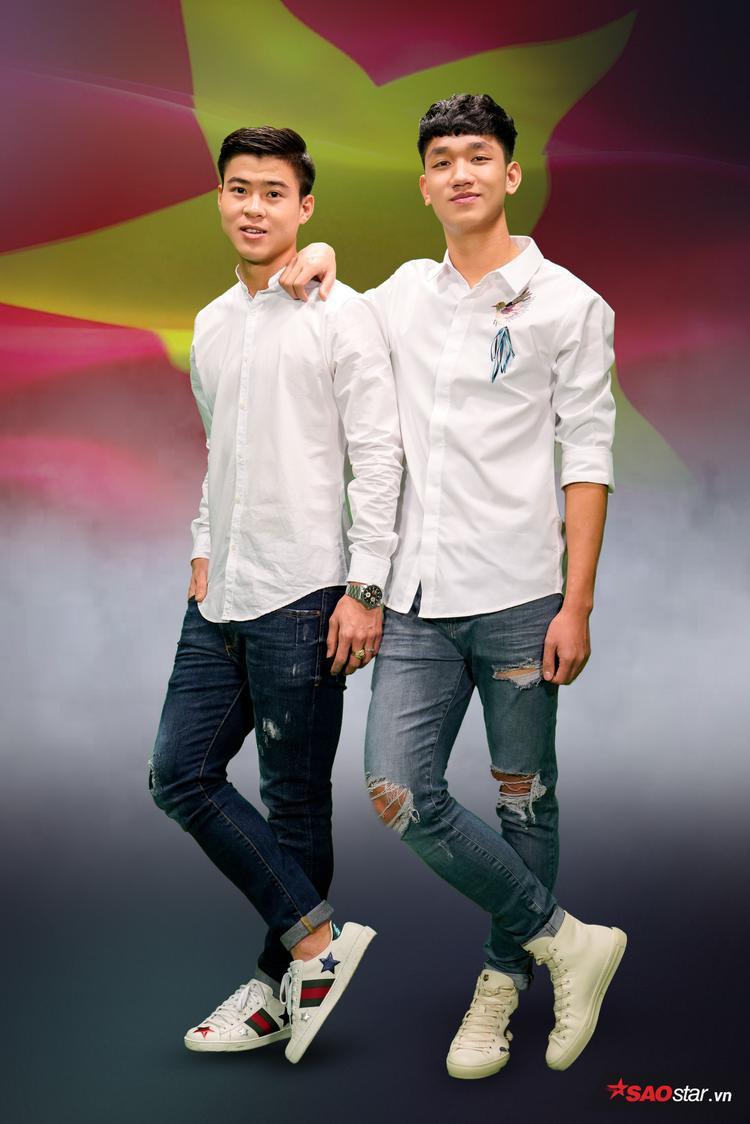"""Gout ăn mặc đơn giản nhưng dễ gây """"sát thương"""" của những chàng trai vàng của bóng đá Việt Nam."""