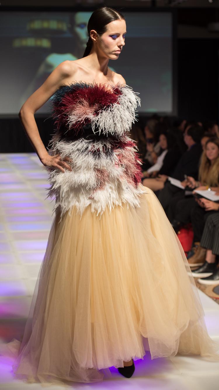 Nhà thiết kế Việt đem bộ sưu tập All About Haute trình làng ở NY Fashion Week