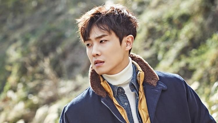 Báo chí Hàn Quốc đưa tin nam ca sĩ kiêm diễn viên Lee Joon (cựu thành viên MBLAQ) cố gắng tự tử.