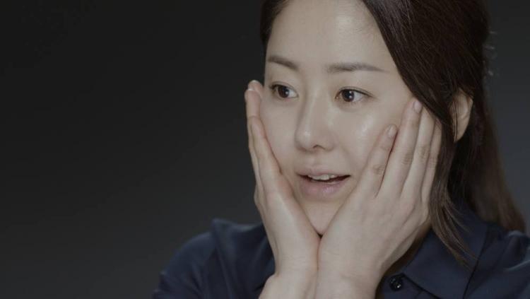 Nữ diễn viên hạng A - Go Hyun Jung đang là tâm điểm chú ý trong những ngày qua.
