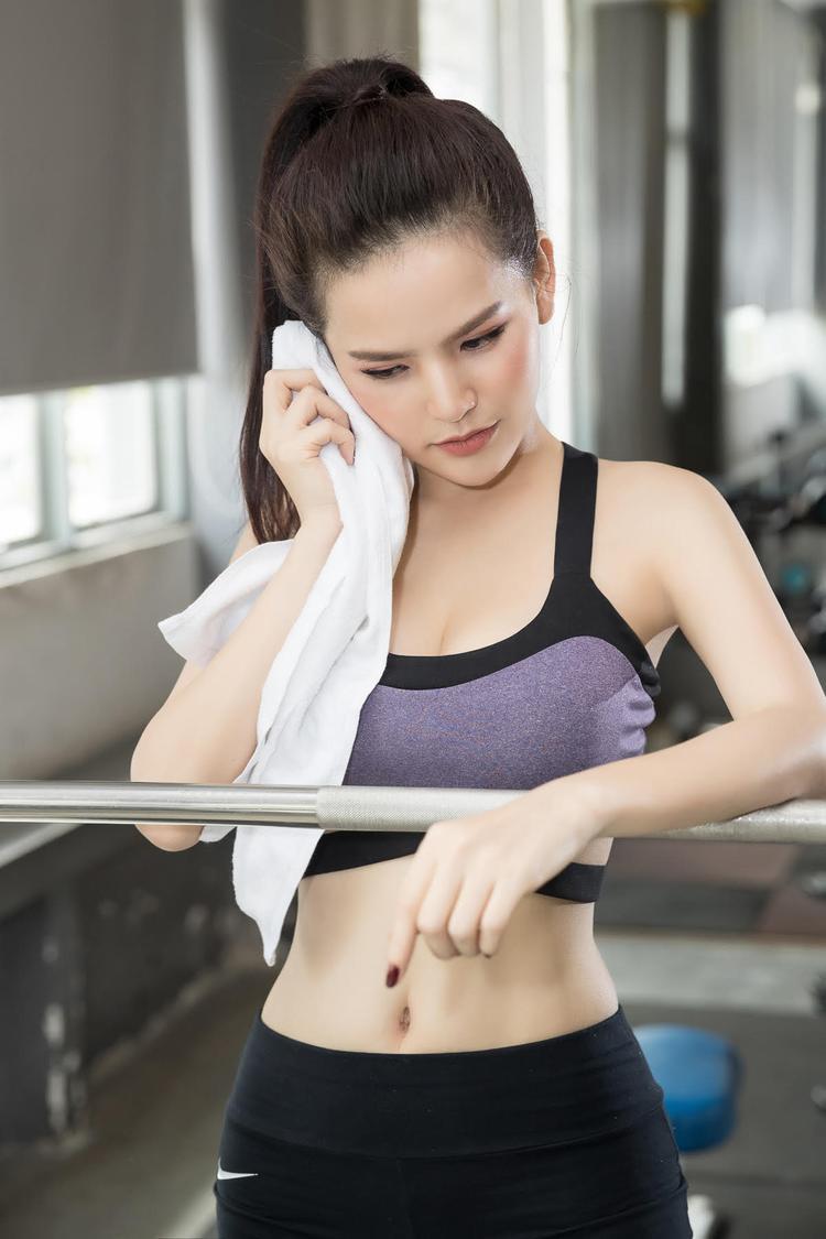 Thánh nữ Mì Gõ Trang Phi với bí quyết gym, thích có bạn trai theo chuẩn sao U23 Việt Nam