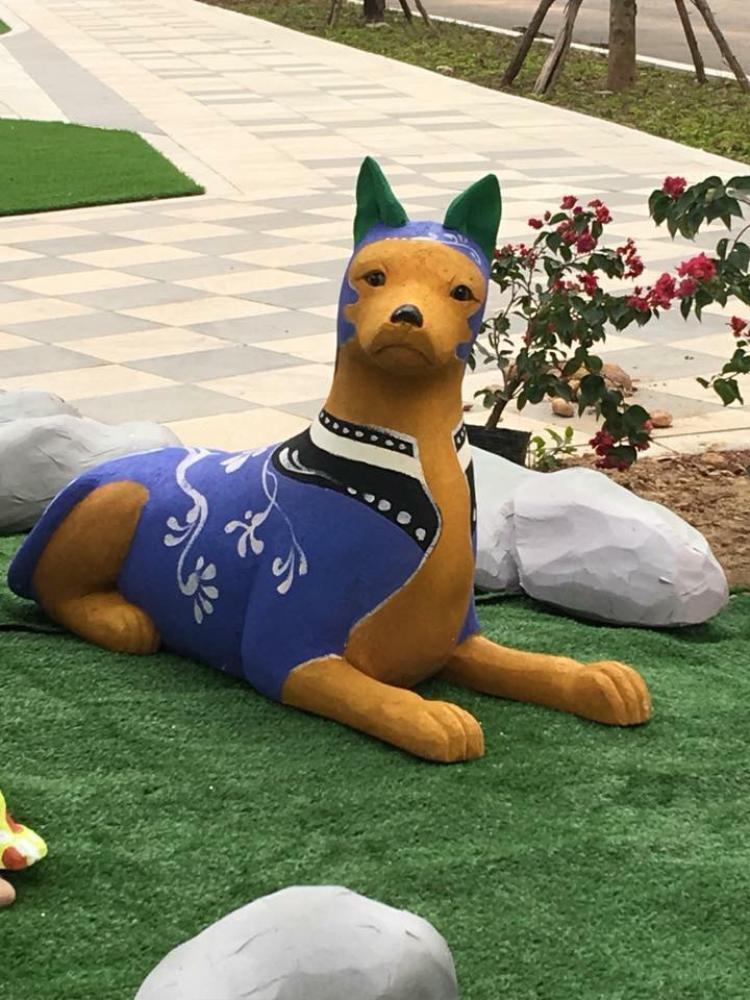 Đây cũng là một chú chó siêu hài hước.