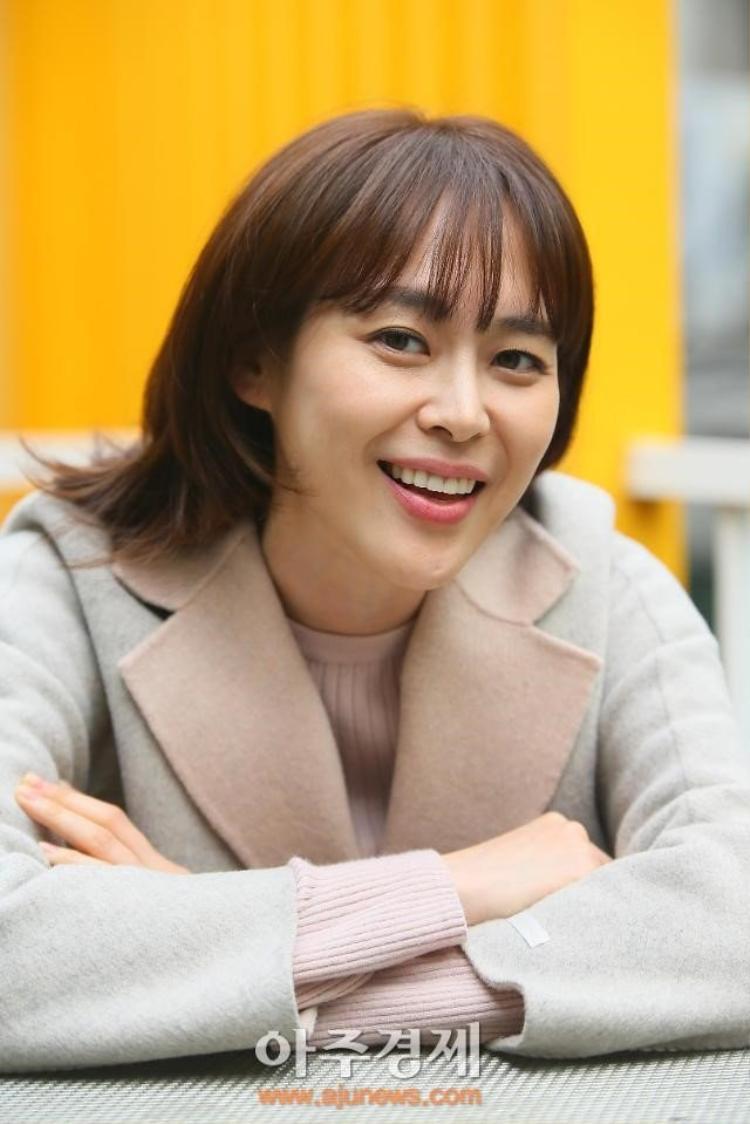 Nữ diễn viên Lee Ha Na