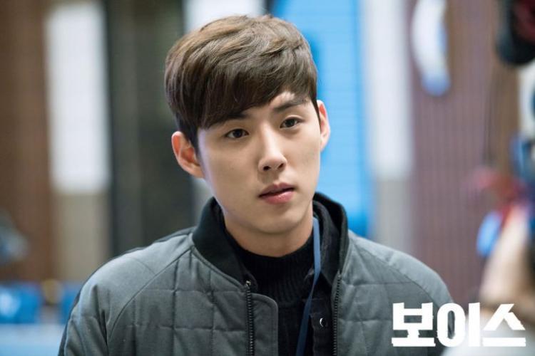 Kim Dong Wook, Lee Ha Na và Son Eun Seo xem xét tham gia 'Voice 2'