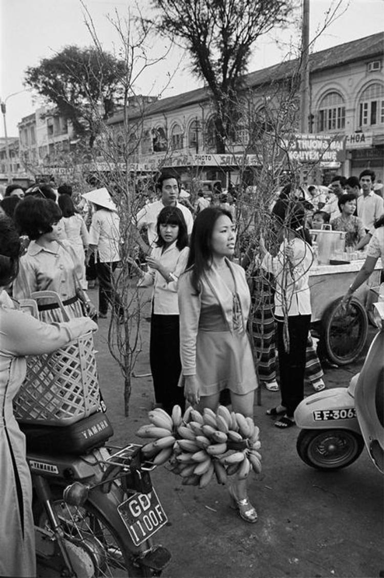 Chợ hoa Tết năm 1971.