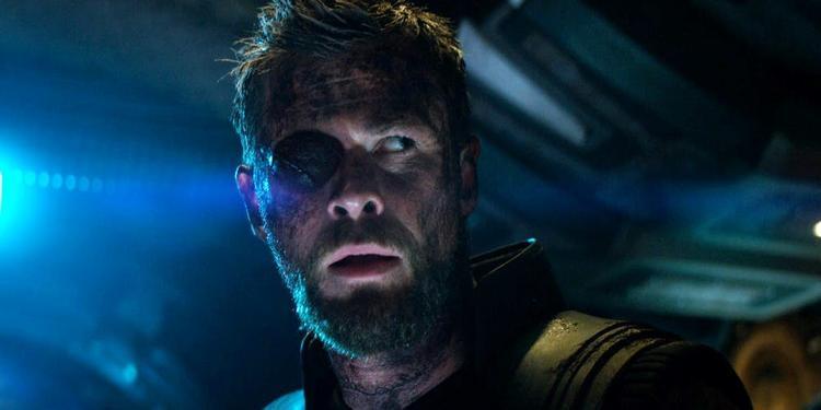 Thor bị chột mắt phải.