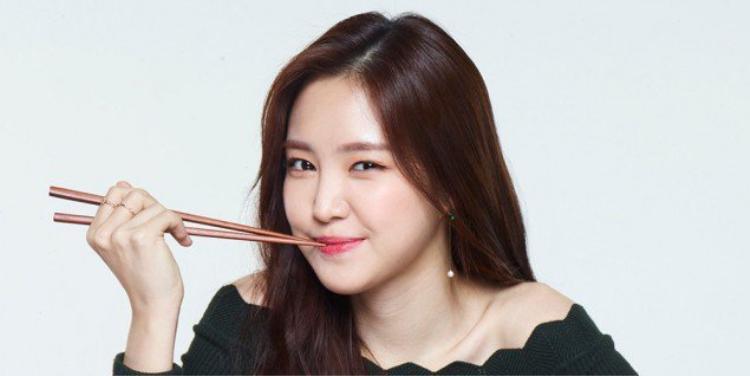 Nữ ca sĩ Na Eun của nhóm Apink.