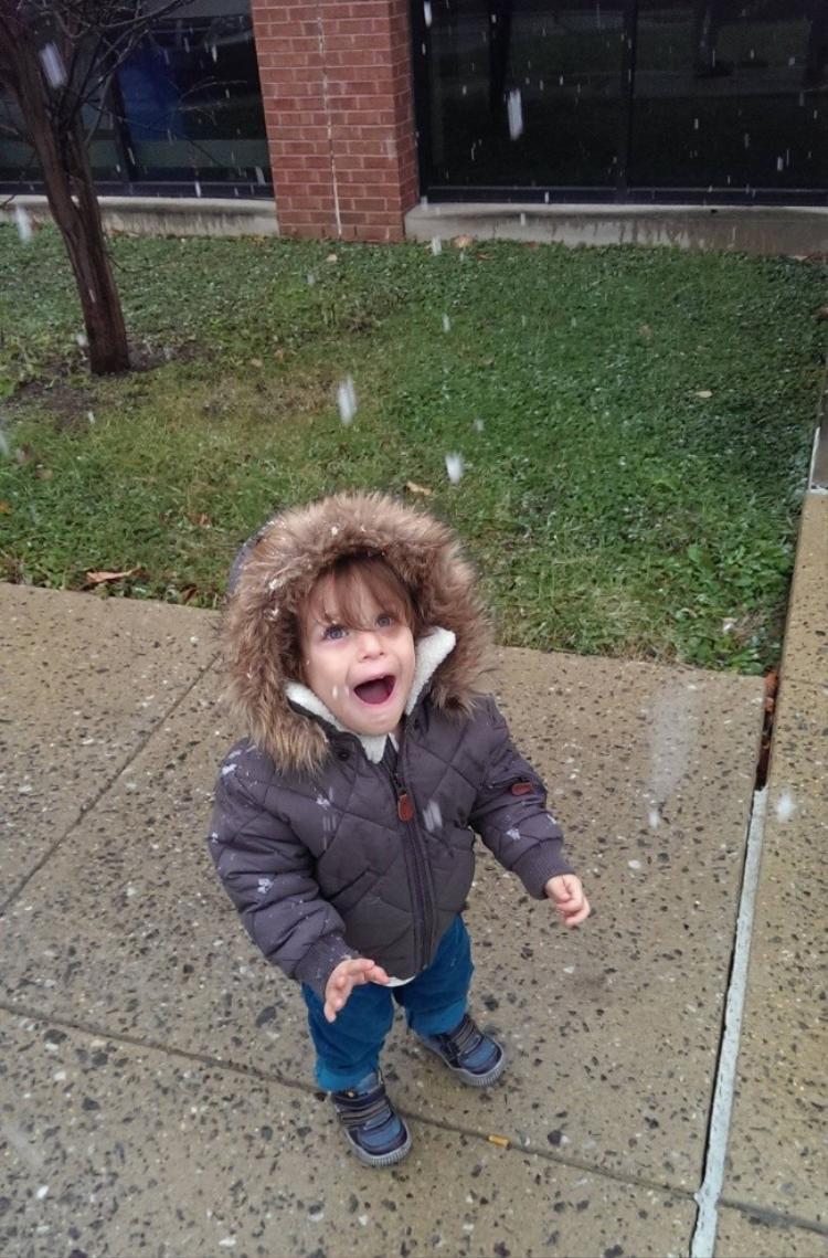 Ơ! Tuyết rơi này, tuyết này anh em ơi!!
