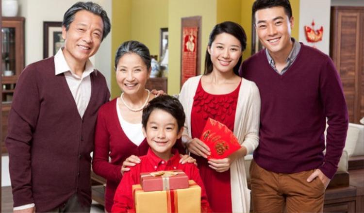 Bí kíp chụp ảnh gia đình bằng smartphone vừa đơn giản vừa đẹp mùa Tết này