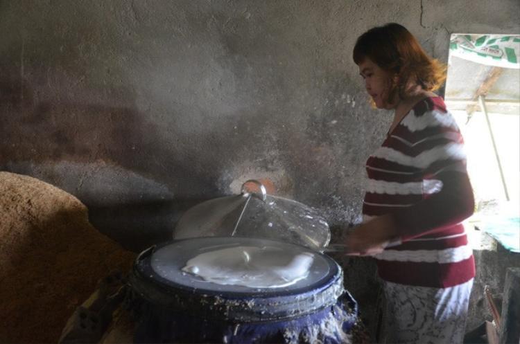 Tô mỳ ngon phải được làm từ loại gạo nấu cơm dở