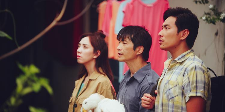 Bộ 3 Thu Trang - Dustin Nguyễn - Kiều Minh Tuấn tạo nên sức hút của 798Mười.